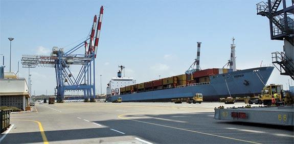 Ashdod Port  picture: Eyal Yitzhar